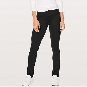 NEW! Lululemon Skinny Groove Pant in Size 6. NWT!
